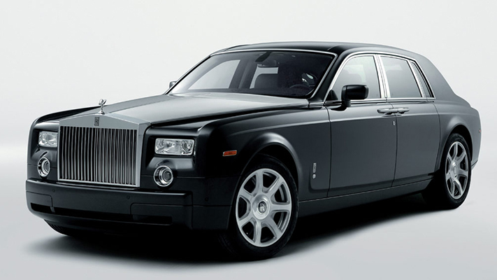 Luxury cars and their ideal driving destinations rolls Royce Phantom