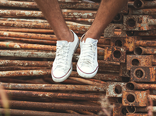 5-tips-for-taking-care-of-your-white-sneakers