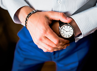 5-tips-on-picking-the-right-mens-watch-for-work