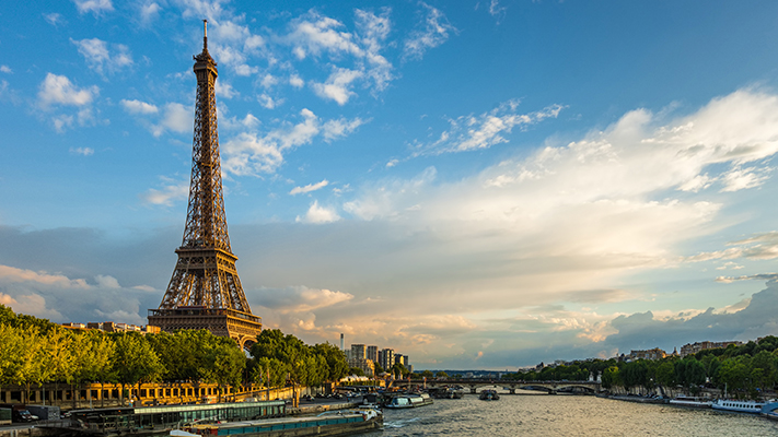 Set sail on the calm waters of seine