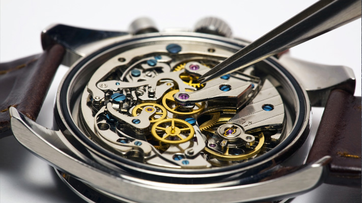 basics of chronograph wrist watch