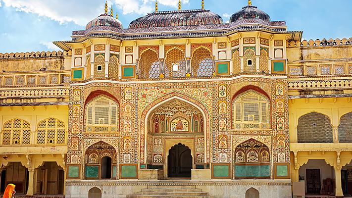 beautiful palaces to visit in jaipur