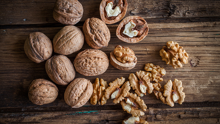 boost your energy with walnuts