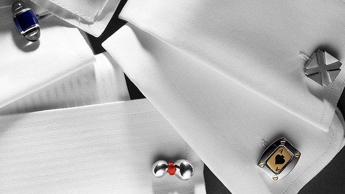 classic bullet back and toggle closure cufflink