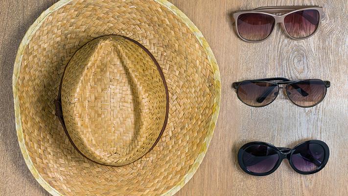 classic sturdy sunglasses for stylish traveller