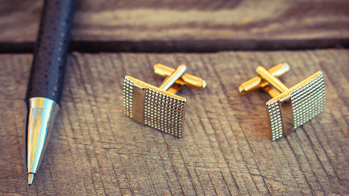 cufflinks with old school style