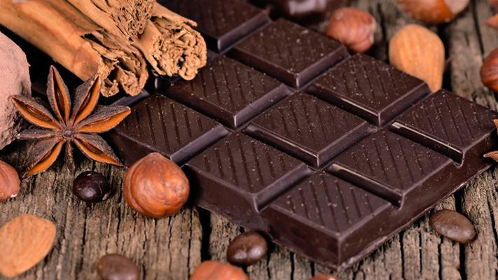 Keep calm and eat well dark Chocolate