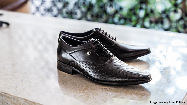 dress shoes with heel for short man