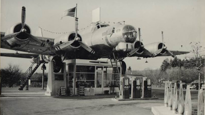 Gas stations worth seeing Art lacys bomber station