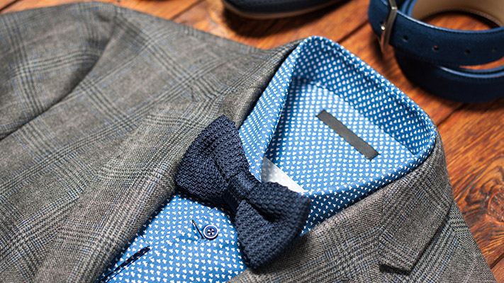 get modern classic look with grey suit and blue shirt