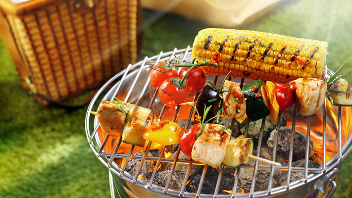 gift your buddies perfect barbeque set