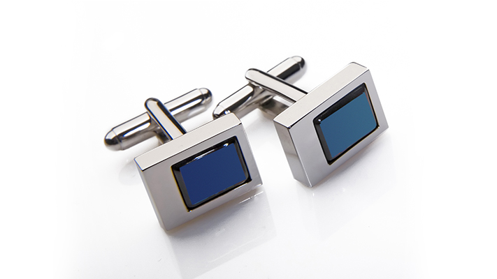 guide to wear blue cufflinks
