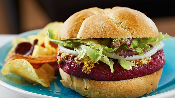 hamburger with beetroot must have australian foods
