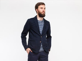how-to-wear-navy-blue-jacket