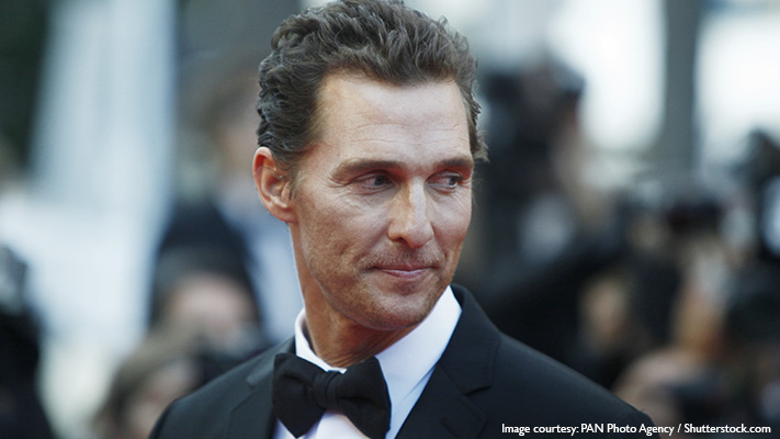 impeccably styled matthew mcConaughey in his two toned suit