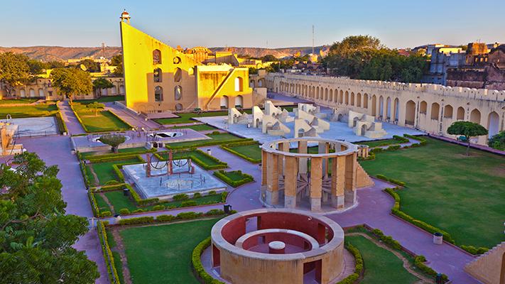 jantar mantar best places to see in jaipur