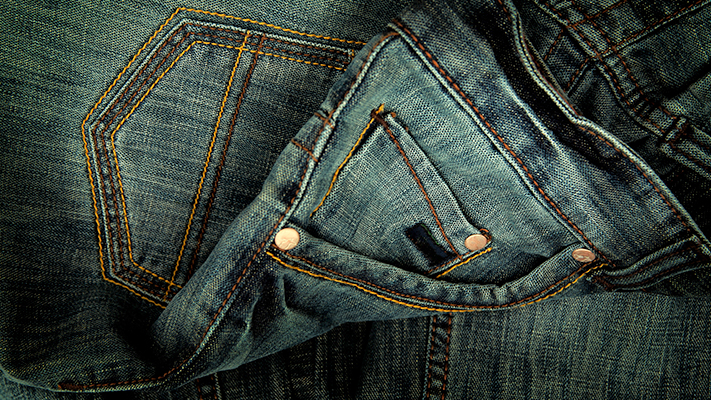 jeans sporty clothing ideas for men
