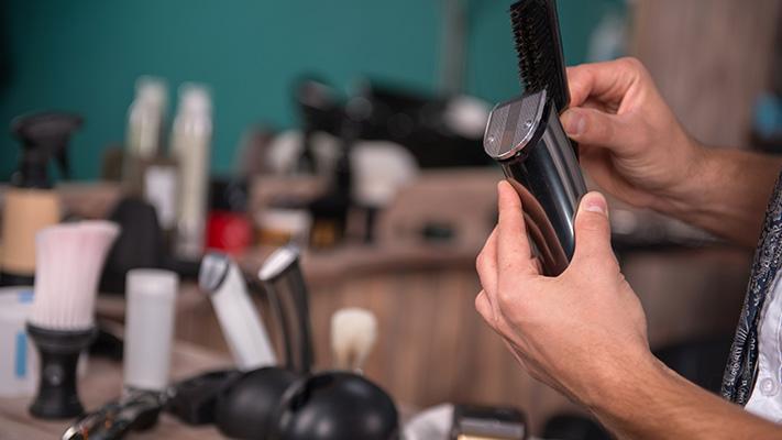 keep grooming tools clean