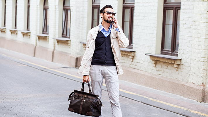 leather duffel bag for super stylish look