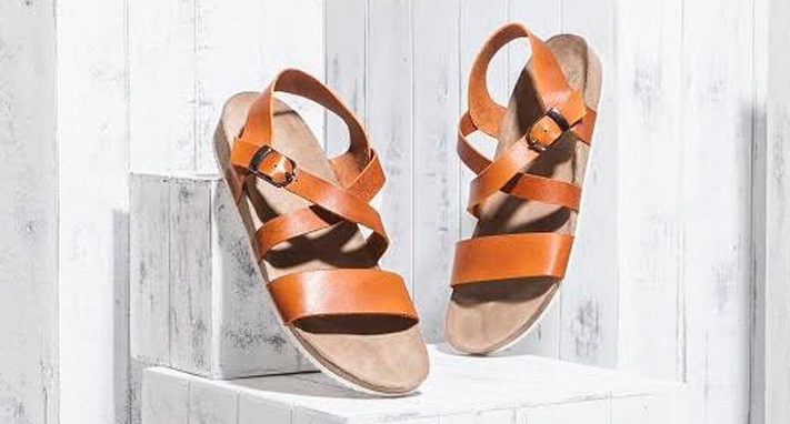 leather-sandals-for-wedding