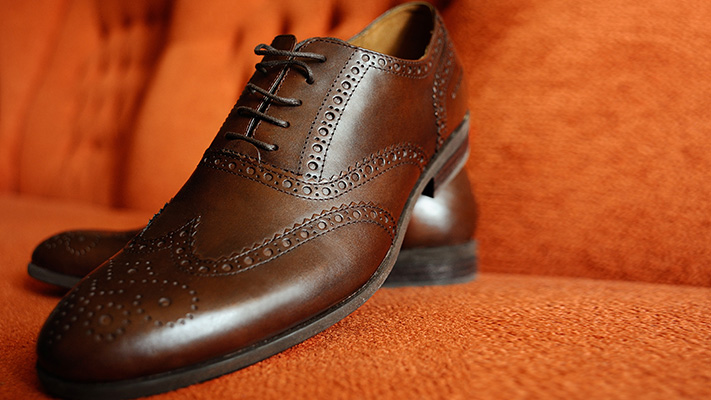 light brown brogues for semi formal outfit