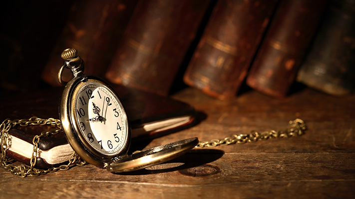 look charming with perfect pocket watch