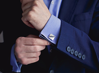 mens-dress-shirt-cuffs