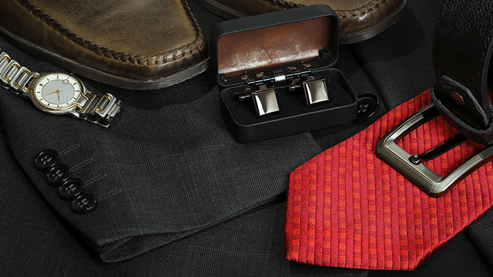 pairing cufflinks with accessories