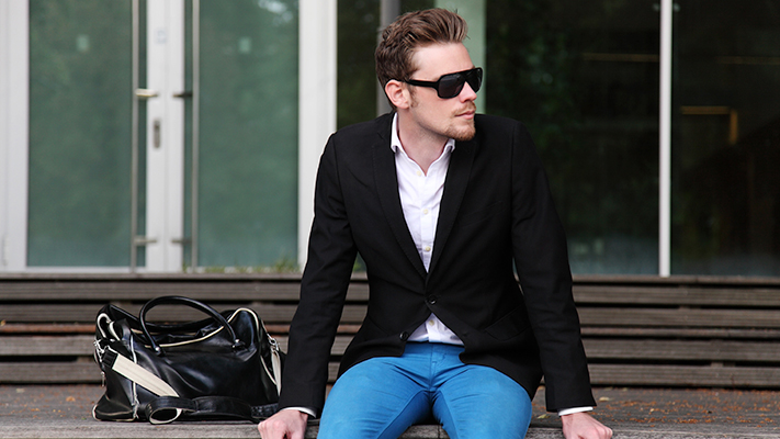 perfect black blazer outfit for men