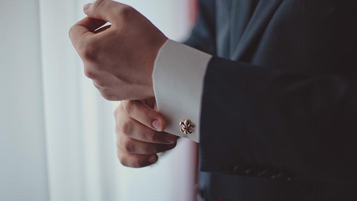 stylish classy gold cufflinks