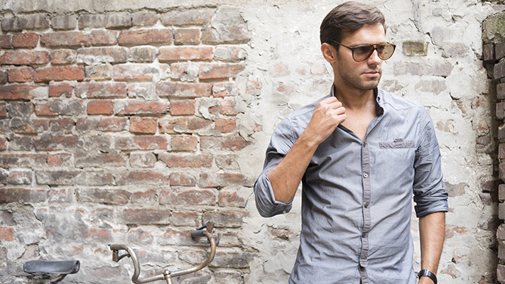 stylish lilac shirt to pair with espadrille casual shoes