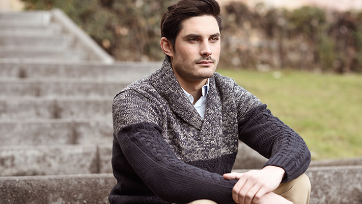 sweater pairing with khaki trousers