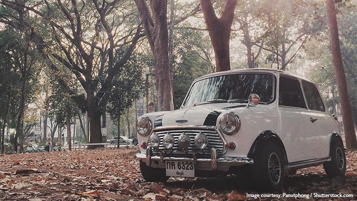 the classic vintage look of mini cooper