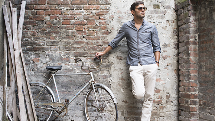 tips on wearing your shirt untucked
