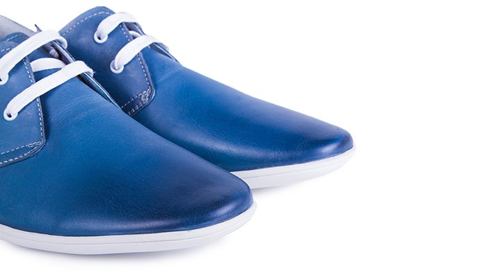 tips to wear blue shoes