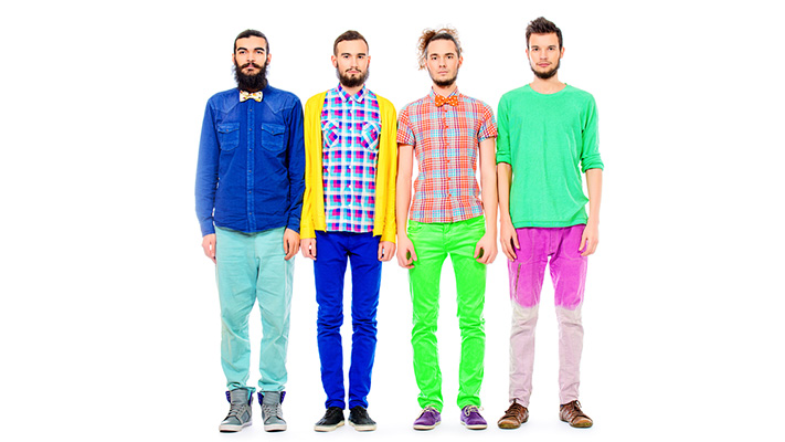 tips to wear coloured jeans right