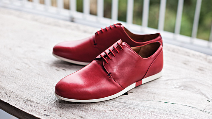 tips to wear marsala coloured shoes