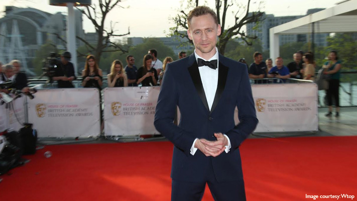 tom hiddleston stylish outfit bafta tv awards show