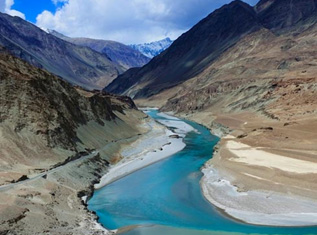top-5-treks-in-india-01-317x235