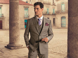 wear-grey-suit-in-5-different-ways-for-stylish-look