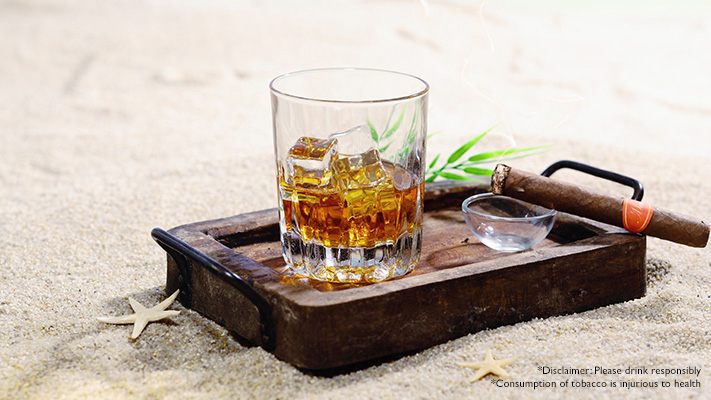 whisky and cigar perfect gift for boys night