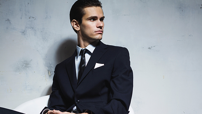 white pocket square for perfect stylish look